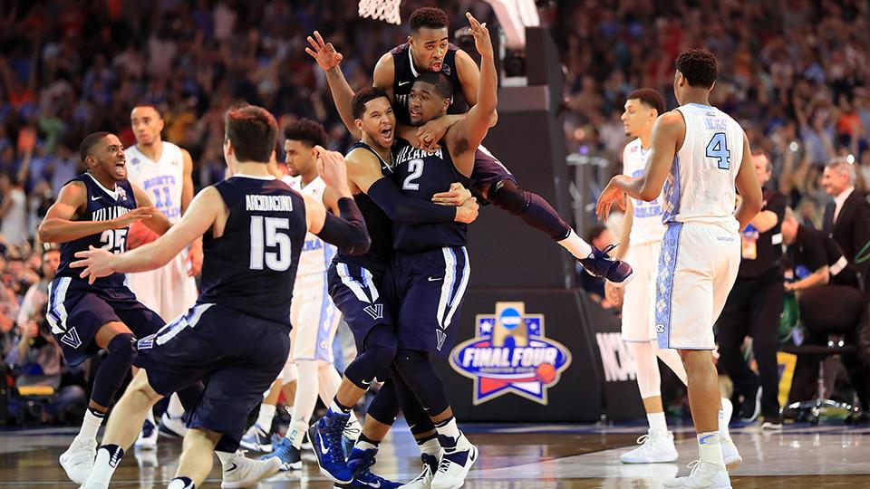 Kris Jenkins and the crew after the winning shot